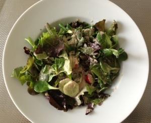 Salade met tonijnsaus